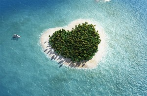 heart-shaped-tropical-island